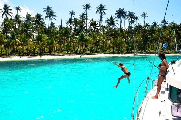 Karibik-Meer-Frau-c-Anja-Knorr