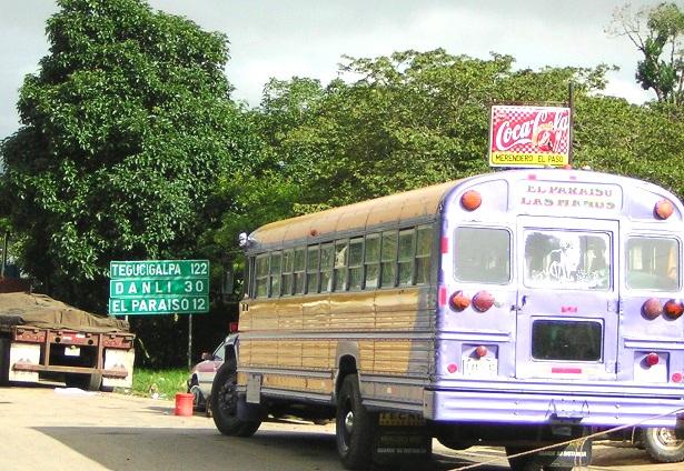 Grenzeübergang Honduras Nicaragua (c) Anja Knorr