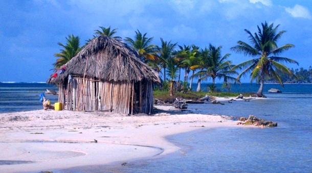Dog-Island-Panama-c-Anja-Knorr
