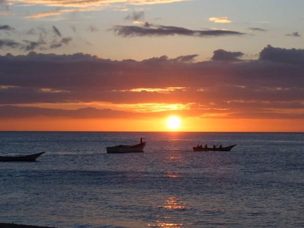 Sonnenuntergang-Ecuador-c-Anja-Knorr
