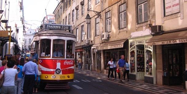 Tram Lissabon (c) Anja Knorr