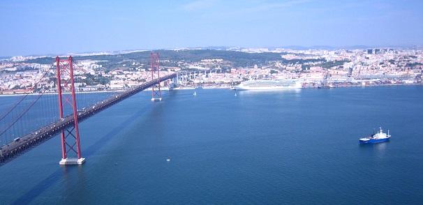 Ponte 25 Abril Lissabon (c) Anja Knorr