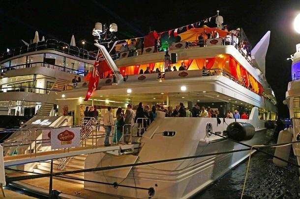 Monaco Yacht (c) Anja Knorr