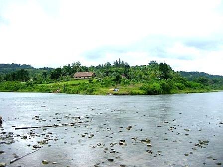 River Rafting Tour Fiji (c) Anja Knorr